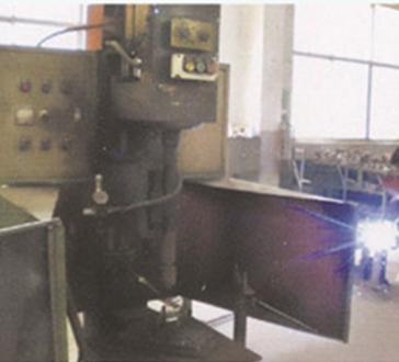 自动旋转焊接设备