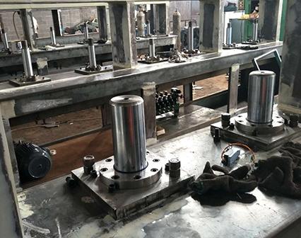太仓鞋材机械用油缸